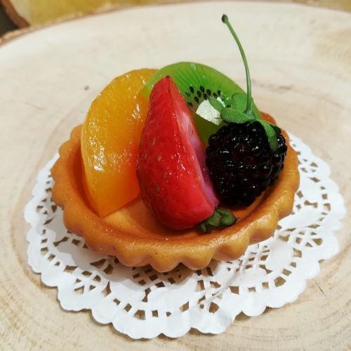 Tartaletka z owocami 8cm imitacja 65289-33 (1)
